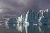 Sveabreen Glacier in Nordfjorden Fotografisk trykk av Paul Souders