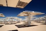 Solar Power Reflectors at Solar Power Plant Impressão fotográfica por Roger Ressmeyer