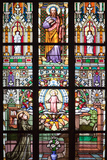 Prague, St. Vitus Cathedral, Stained Glass Window, St Thomas, St Anthony Kneeling before Baby Jesus Fotografisk tryk af Samuel Magal