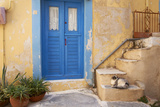 Blue Door, Ermoupoli (Khora), Syros Island, Cyclades, Greek Islands, Greece, Europe Fotografisk tryk af  Tuul