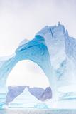 Grounded Icebergs, Sydkap, Scoresbysund, Northeast Greenland, Polar Regions Fotografie-Druck von Michael Nolan