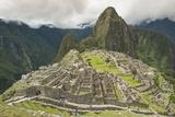 Machu Picchu, UNESCO World Heritage Site, Near Aguas Calientes, Peru, South America Reproduction photographique par Michael DeFreitas