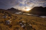 Loch Lurgainn, Cul Mor (Left) and Ben More Coigach at Dawn, Coigach, Highland, Scotland, UK Stampa fotografica di Mark Hamblin