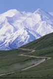 Road in Thorofare Pass Below Mt. Mckinley Photographic Print by Paul Souders