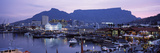 Boats at a Harbor, Victoria and Alfred Waterfront, Table Mountain, Cape Town Lámina fotográfica