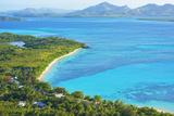 Blue Lagoon, Nacula Island, Yasawa Island Group, Fiji, South Pacific Islands, Pacific Lámina fotográfica por Marco Simoni