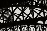 Eiffel Tower Latticework V Reproduction photographique par Erin Berzel