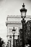 Parisian Lightposts BW I Reproduction photographique Premium par Erin Berzel