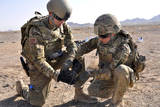 U.S. Soldiers Use Tape to Wrap Detonation Cord Together Fotoprint