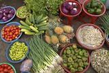 Dong Ba Market, Hue, Vietnam, Indochina, Southeast Asia, Asia Lámina fotográfica por Bruno Morandi