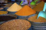 Spices, Fez, Morocco, North Africa, Africa Fotografie-Druck von Neil Farrin