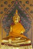 Gold Buddha Statue in Wat Arun (The Temple of Dawn), Bangkok, Thailand, Southeast Asia, Asia Reproduction photographique par Stuart Black