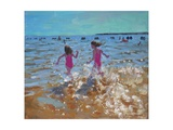 Splashing in the Sea, Clacton, 2014 Impressão giclée por Andrew Macara
