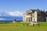 Golf Course and Club House Reproduction photographique par Neale Clark