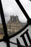 Europe, France, Paris. View of Louvre from Musee D'orsay Clock. Reproduction photographique par Kymri Wilt