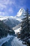 Matterhorn looms over town of Zermatt, Switzerland Fotografisk trykk av Brian Jannsen