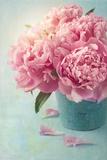 Peony Flowers in a Vase Fotoprint van  egal