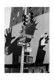 Bond Street Billboard Manhattan Fotografie-Druck von Henri Silberman