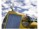 Yellow Packard Plakater av Richard James