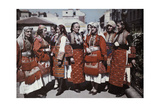 Portrait of Macedonian Women in Traditional Dress Fotoprint av Wilhelm Tobien