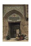 Civilians Sit Outside the Ornate Entrance of a Baghdad Mosque Fotografisk tryk af Eric Keast Burke