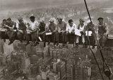 摩天楼の頂上でのランチ, c.1932 (詳細) ポスター : チャールズ C. エベッツ