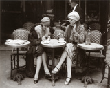 カフェテラスに座る女性たち アート