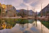 Morning Light and Valley Reflections, Yosemite Lámina fotográfica por Vincent James