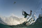 Kite Surfing on Red Sea Coast of Egypt, North Africa, Africa Fotografisk trykk av  Louise