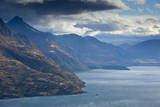 Lake Wakatipu from Kelvin Heights Near Queenstown, New Zealand's South Island Reproduction photographique par Sergio Ballivian