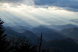 Setting Sun on Mountains in the Blue Ridge Mountains of Western North Carolina Fotoprint van Vince M. Camiolo