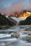 Sunrise Upon Montt Fitz Roy and Clouds in a Mountainous Lanscape in Patagonia, Chile Reproduction photographique par Patrick Brandenburg