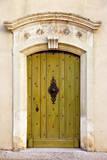 Green Front Door to Home in Gordes, Provence, France Fotografisk trykk av Brian Jannsen