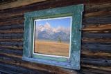 Teton Range Reflected in Window Fotografisk tryk af Darrell Gulin