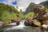 Iao Needle and Iao Stream in Iao Valley State Park on Maui Reproduction photographique par Ron Dahlquist