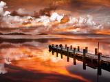 Sunset Pier Kunst op metaal van Marco Carmassi