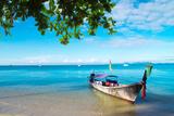 Boats and Islands in Andaman Sea Thailand Fotografisk trykk av Vitaliy Pakhnyushchyy
