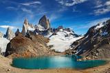 Laguna De Los Tres and Mount Fitz Roy, Los Glaciares National Park, Patagonia, Argentina Fotografisk trykk av  DmitryP