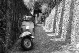 Vespa In Alley Amalfi, Italy Poster Photographie