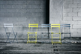 Silver and Yellow Chairs Foto