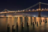 San Francisco Bay Bridge at Night Panorama Reproduction photographique par  Wolterk