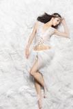 Beautiful Sleeping Princess Bride Impressão fotográfica por  mimagephotography