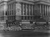 Digging up Road Impressão fotográfica por Hulton Archive