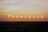 Midnight Sun, Summer Solstice (Multiple Exposure) Reproduction photographique par Tom Walker