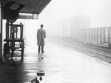 Lonely Commuter Lámina fotográfica por  FPG