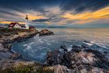 Leuchtturm Portland Fotografie-Druck von Noppawat Tom Charoensinphon