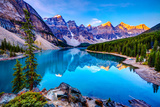 Sunrise at Moraine Lake Premium fototryk af Wan Ru Chen