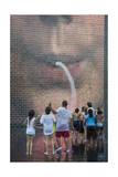 Children at Millenium Park Fountain (Chicago Summer) Fotografisk tryk af Henri Silberman