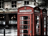 Red Telephone Booths - London - UK - England - United Kingdom - Europe - Vintage Photography Fotoprint van Philippe Hugonnard