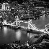 View of City of London with the Tower Bridge at Night - London - UK - England - United Kingdom Reproduction photographique par Philippe Hugonnard